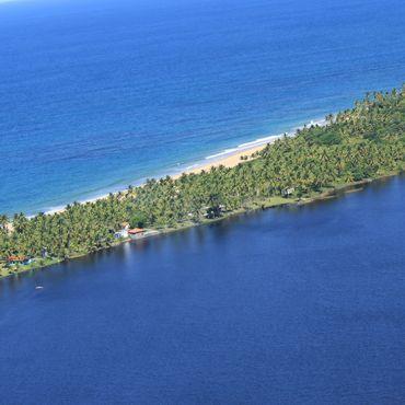 Praia e Lagoa do Cassange